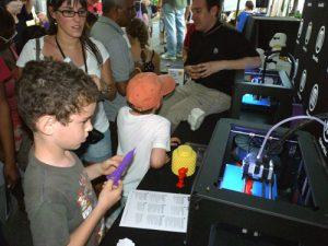b_Sciencefest_11_MFrost_makerbot-c.jpg