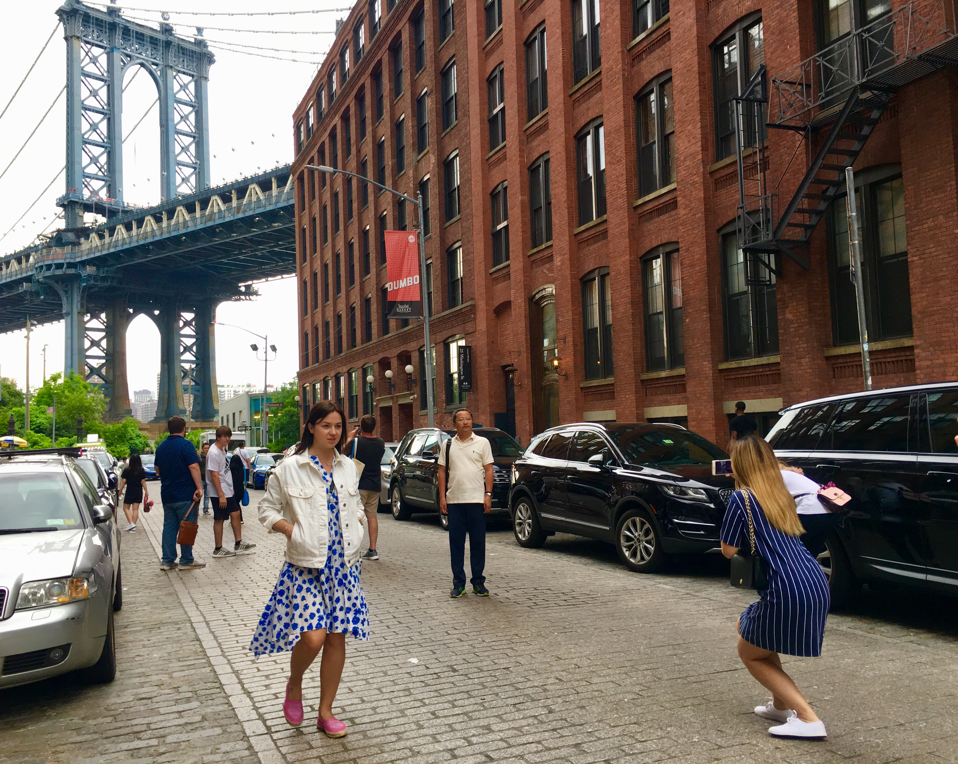Strike a pose! You're on the most photographed street in Brooklyn. Photo: Lore Croghan/Brooklyn Eagle