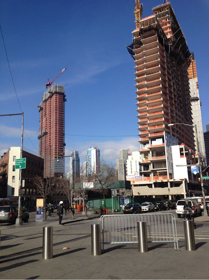 Today we're telling tales of two Downtown Brooklyn towers, 286 Ashland Place (right) and 333 Schermerhorn St. Eagle photo by Lore Croghan