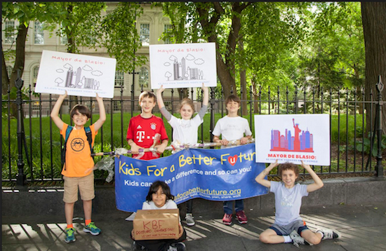 Members of Kids for a Better Future hold a press conference to call on Mayor Bill de Blasio to help homeless families. Photo by Nicole Edine/Coalition for the Homeless