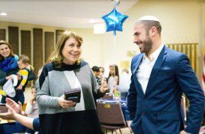 Judge Ellen Spodek gave Rabbi Hanniel Levenson an official welcome as the new spiritual leader of Congregation Mount Sinai. Eagle photo by Francesca N. Tate