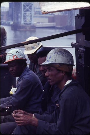 Pipefitters on a lunch break, 1977. By Frank Trezza, courtesy of the Brooklyn Historical Societ