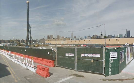 The lot where the 40-story Greenpoint development will be built. Image © 2018 Google Maps photo