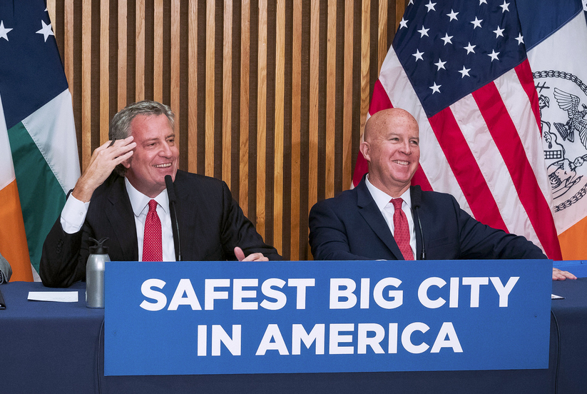 Mayor Bill de Blasio and Police Commissioner O'Neill said on Thursday that July was the safest month in NYC on record, though gang murders and shootings were up in northern Brooklyn. Photo by Ed Reed/Mayoral Photography Office
