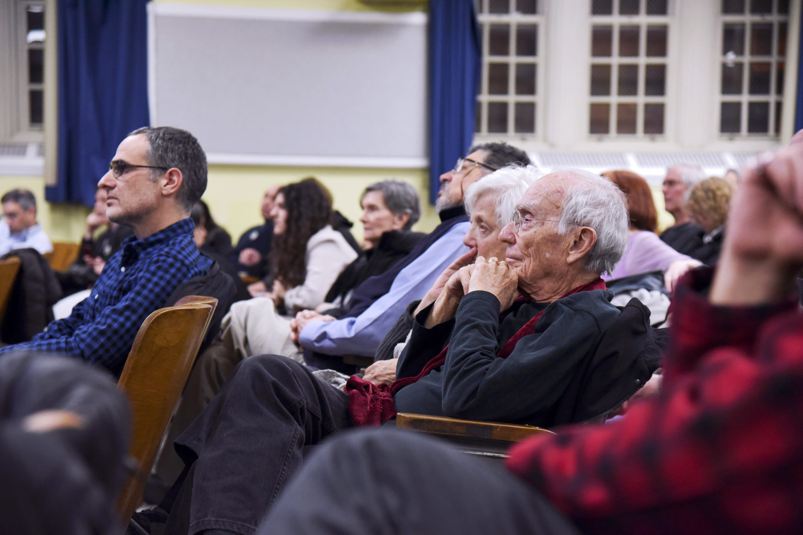 Attendees at the BQE Future Vision town hall organized by the Cobble Hill Association. Photo: Caroline Ourso